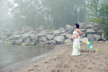 How Pregnant am I? | Toronto Maternity Portraits
