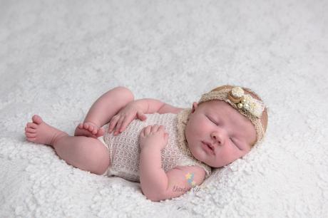 Toronto Newborn Photographer Baby Addie